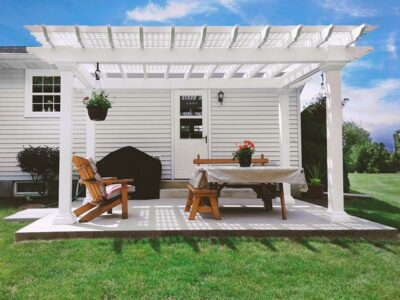 #17 (10' x 16' Montana White Vinyl Pergola With Custom Lattice Roof & 6 x 6 Square White Vinyl Posts)